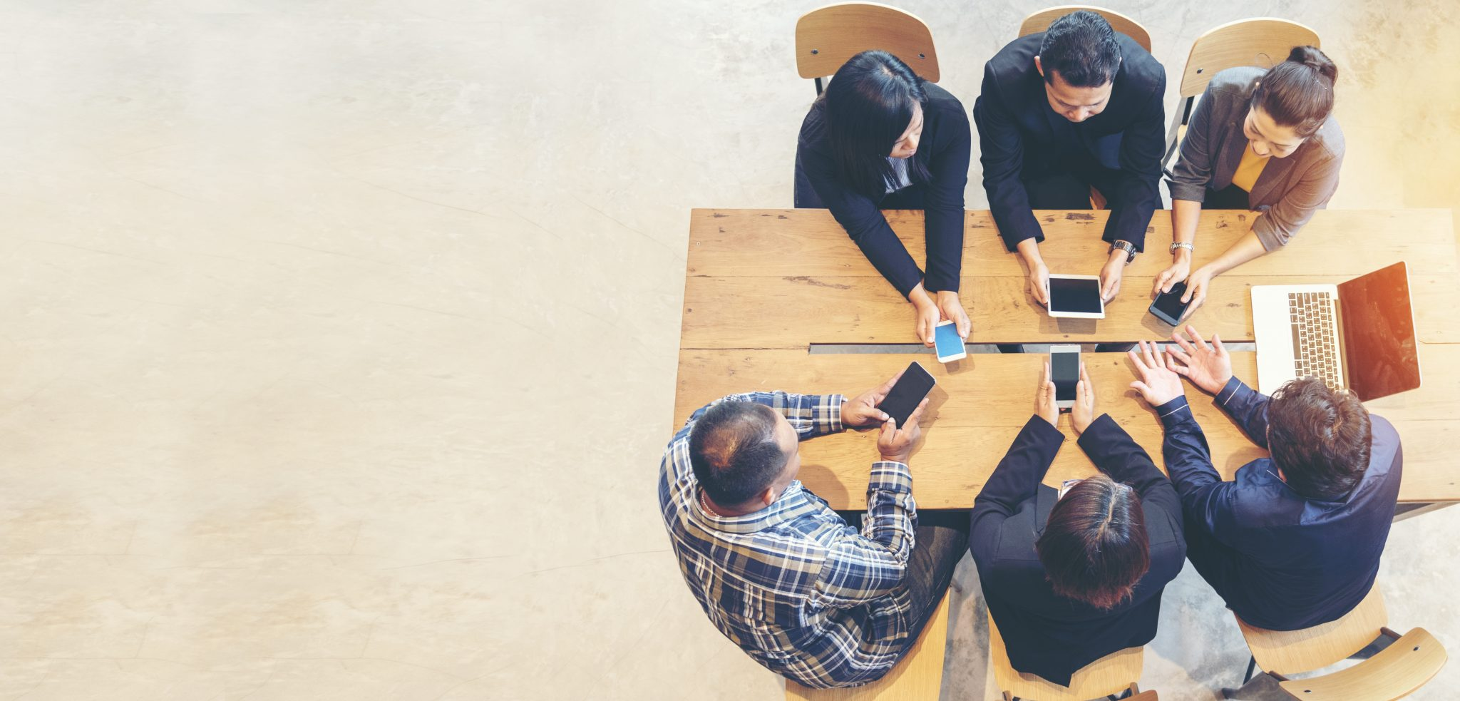 Meeting of people using unified communications